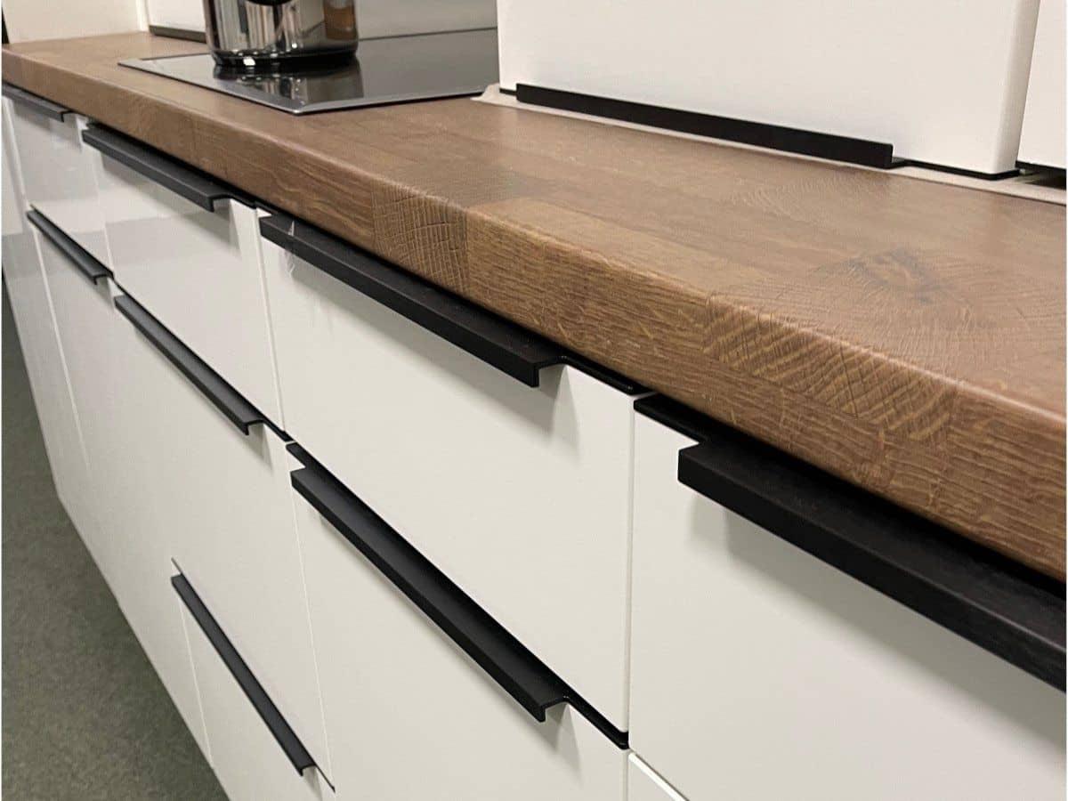 Küchenzeile 390 + 200 cm Hochglanz Lack - weiß - FLASH